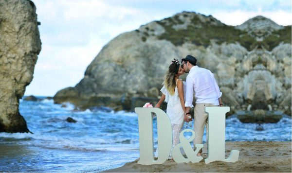 letras-corcho-bodas-playa-economicas