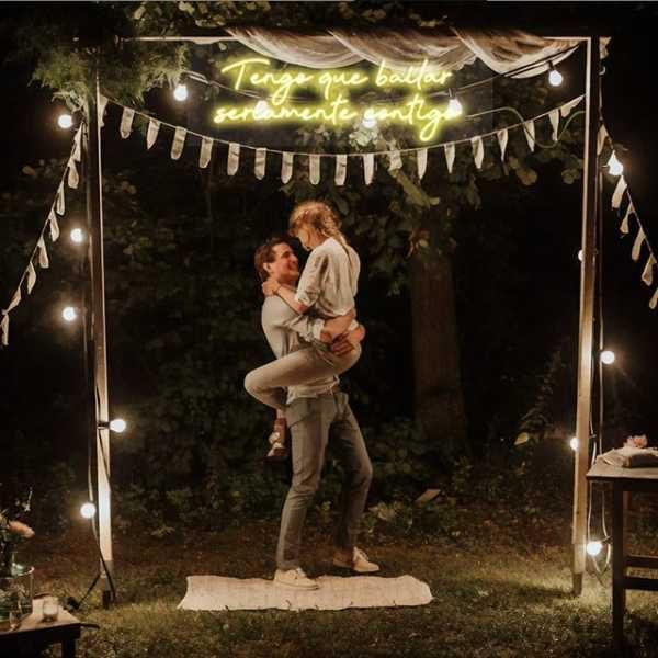 letreros de neon bodas en alquiler para españa